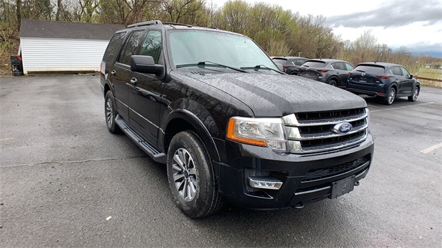 Pre Owned 2016 Ford Expedition Xlt